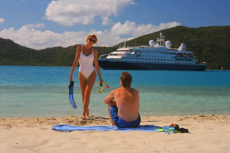cruise-ship-1108961_1920-795x530